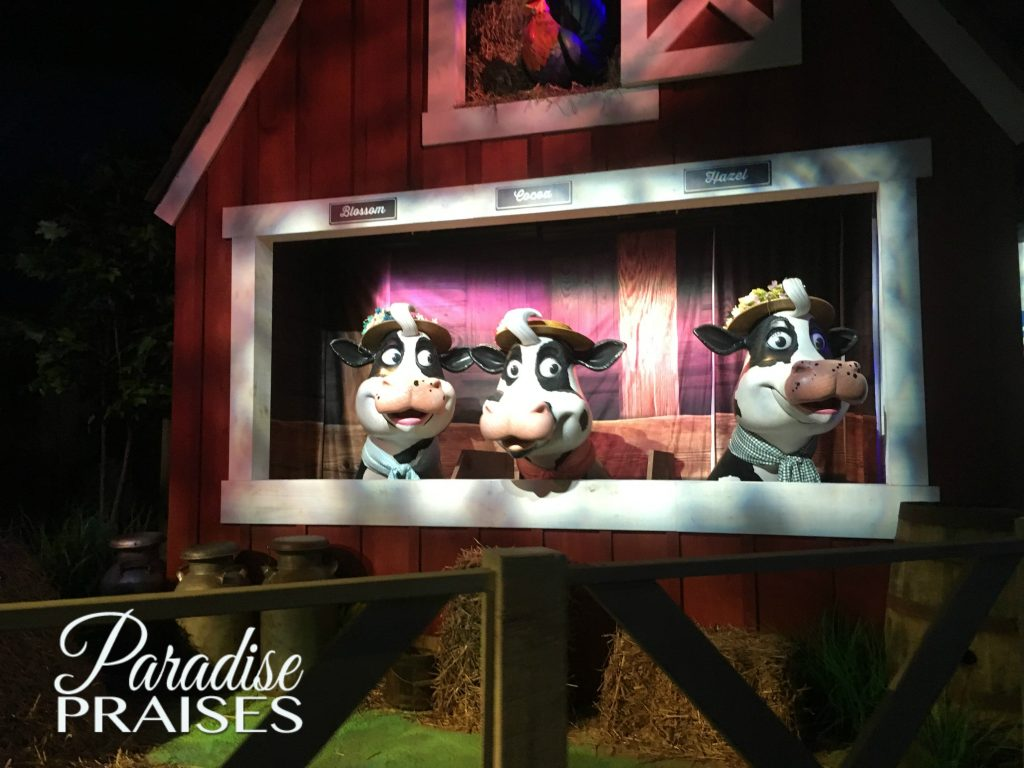 Singing Cows at Hershey Candy Factory